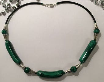 necklace malachite.