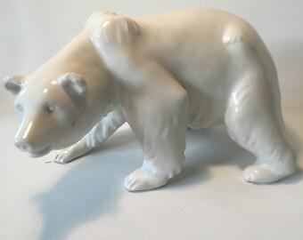 Big porcelain polar Bear, KPM Berlin, Vintage