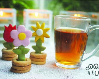 Flowers 3D Cookie cutter set - baking cookies with puzzle effect - cool for kids / treats at parties