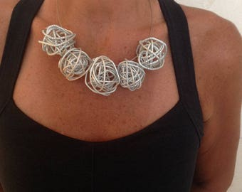 Twisted Wire Bead Silver Choker