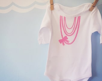Pink Pearl Necklace Cute Girl Onesie - Cute Girl Baby Grow - Cute Girl Baby Bodysuit - Baby Clothes - Baby Shower Gift