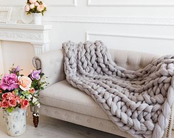 Chunky knit Throw. SHIP FREE! Merino wool. Giant knit throw, knitted throw, large knit throw, wool throw, throw blankets, sofa bed throw