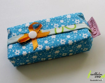 "Tissue case ""Flower"" by frollein cosa"