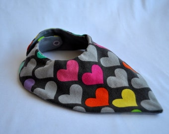 Slobber cloth hearts on grey
