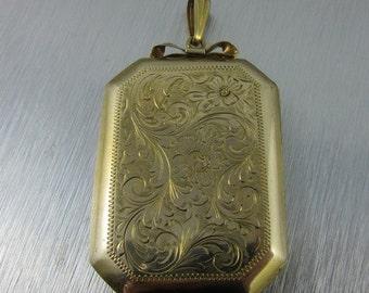 Vintage gold filled engraved large locket excellent condition