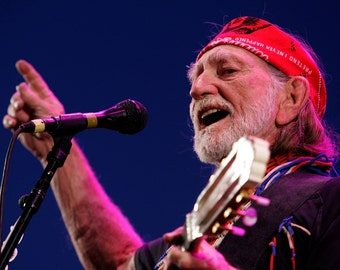 Willie Nelson – Willie Nelson Wall Art – Willie Nelson Poster – Willie Nelson Print – Country - Music - 12x18 - 24x36 (JS00349)