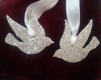 Pair of Turtle Doves Ornament- German glass glitter