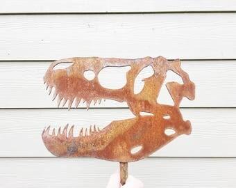 T Rex Skull - Garden Decor - Metal Garden Dinosaur - Garden Art - Yard Decor - Metal Animal
