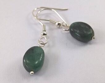 Emerald earrings, 925 Silver emerald earrings, Genuine Emerald earrings, birthstone earrings, earrings, birthstone jewellery, earrings.