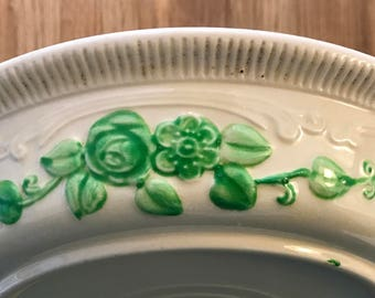 "Homer Laughlin OvenServe 9"" Embossed Pie Plate / Baking Dish Green Rose Stoneware c.1933 - late 1930's"