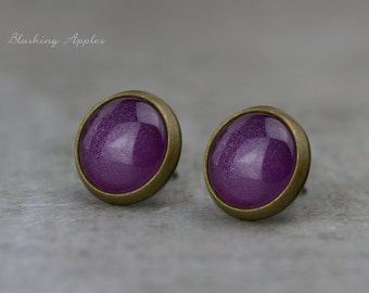 "Earrings Studs in Dark Purple ""Amethyst"", 10 mm / hand painted earplugs - minimalistic earrings, everyday jewelry"