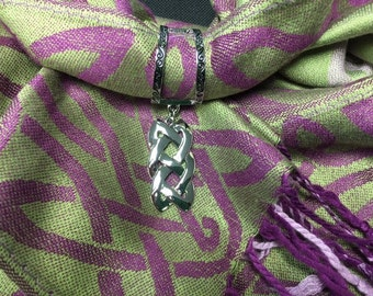 Vertical Celtic knot Scarf Charm