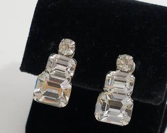 Gorgeous Classic Rhinestone Screw Back Earrings