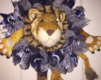 Penn State Lion Wreath