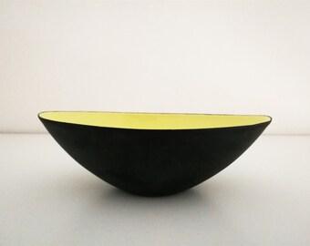 Herbert Krenchel for Krenit Denmark yellow and black enamelled mid century metal bowl, Scandinavian design 50s