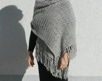 warm woolen tippet size-s