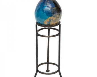 Ceramic Egg with Stand