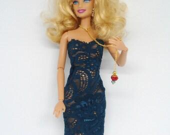 Barbie Necklace, Barbie Lariat Necklace, Fashion Jewelry, Doll Necklace, Pendant Necklace, Long Doll Necklace, Fashion Doll.