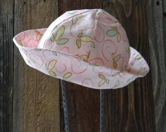 Child Pink Swirl Hat