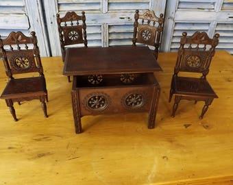 Vintage French Dolls Furniture