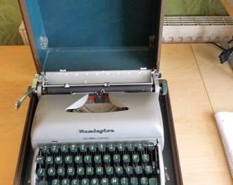 Remington 'Travel Riter' typewriter