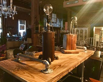 Cedar Barn Post Industrial Lamp
