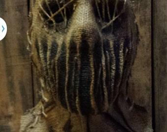 husk ripper (burlap mask)