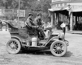 "1900-05 REO Mountaineer, New York to San Francisco Vintage Photograph 13"" x 19"""