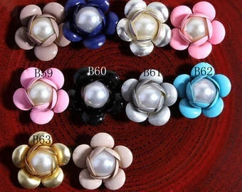 Free Shipping 30pcs Bulk Decorative Metal Buttons for Girls Hair Accessories Shiny Alloy Pearl Buttons for Wedding Embellishment Supplies