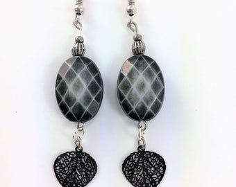 Black checker with dangling leaves #106