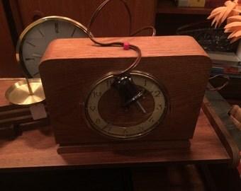 Horloge de table art deco clock