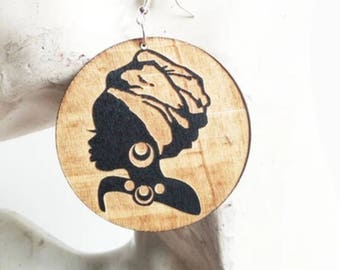 Wooden Engraved Headwrap Lady