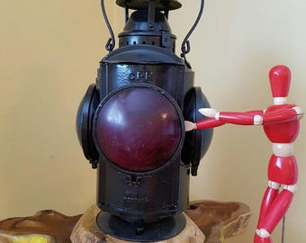 Vintage C.P.R. Caboose Kerosene Marker Lantern Canadian Pacific Railway with 4 Convex Lenses by Hiram L. Piper Montreal
