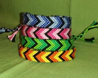 Colorful braided bracelet, Chevron bracelet, Handwoven bracelet, String bracelet, Wrist band, Knotted bracelet, Macrame, Boho, Hippie