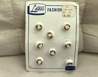 Vintage flower decorated buttons, set of 8