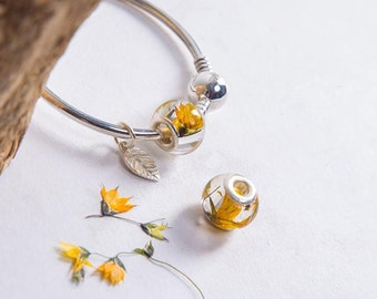 A Perfect Combination - High Quality Silver - Resin -  Real Yellow Fair Bells  Dried Flower