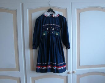 Chicago Hand SmockedGirls Dress size 28in Length