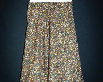 Skirt vintage 1970/flowers / size S-36 a-line shape