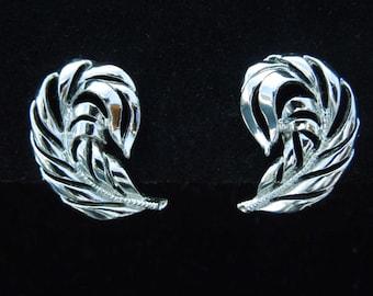 earrings signed Star silver tone