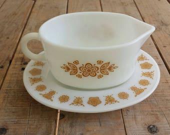 Pyrex Butterfly Gold Gravy Dish