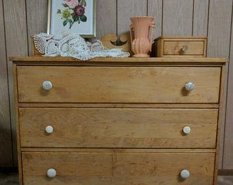 Solid Maple Dresser/Chest of Drawers