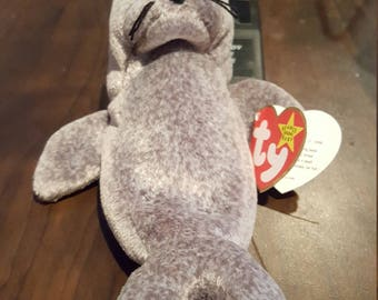 Rare/Retired Slippery Beanie Baby with multiple errors