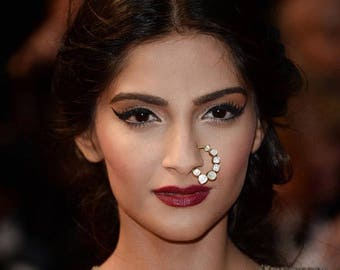 Bollywood Actress Sonam Kapoor Nosering