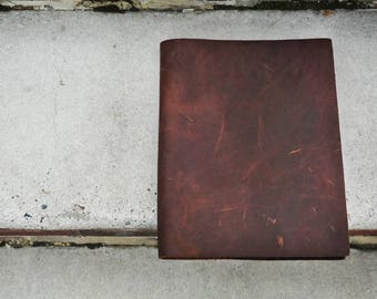 Minimalist Leather Portfolio