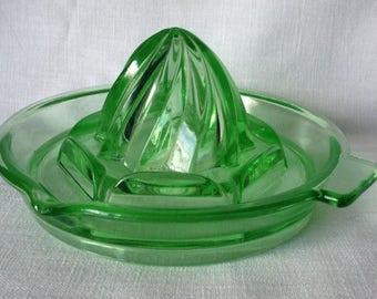Anchor Hocking N-214 Uranium Green Lemon Reamer