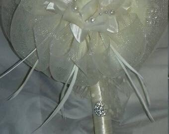 Elegant foam roses bouquet