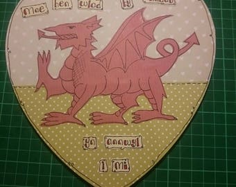 Welsh wooden heart plaque
