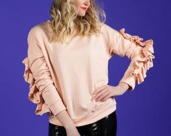 Pastel long sleeve sweatshirt with ruffles