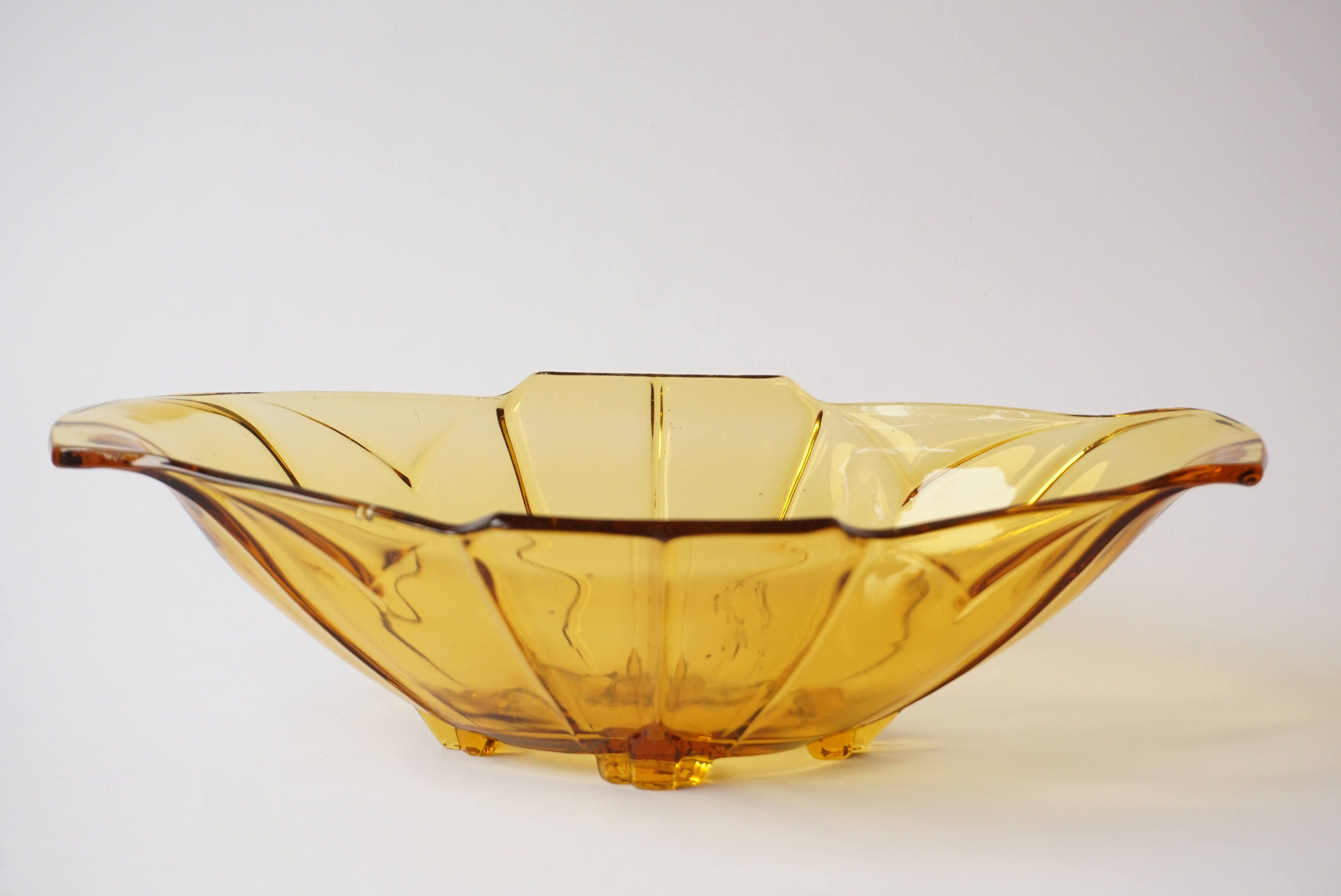 1930 s vintage deco glass bowl