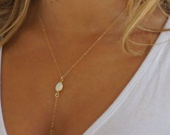 Dainty Lariat Necklace Pearl Gold Filled or Sterling Silver// by Sam Ozkural x Au Courant Jewelry